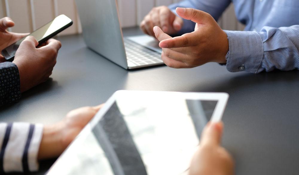 Comunicação Interna além do jornal mural estratégias omnicanal permitem maior interação e engajamento entre os colaboradores